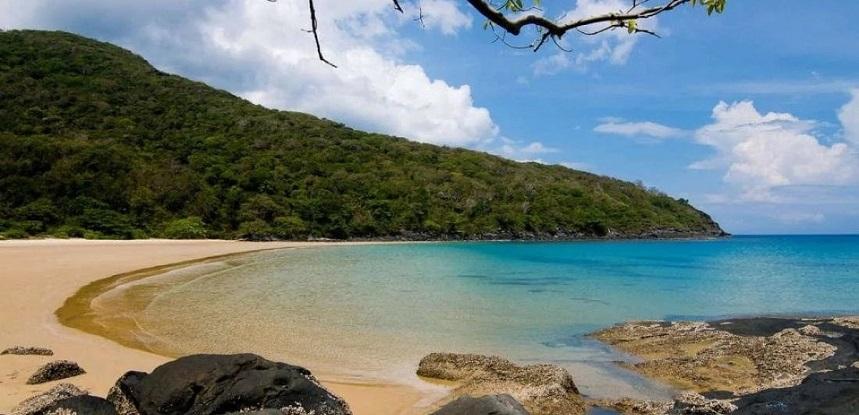Пляж Дам Трау Кондао