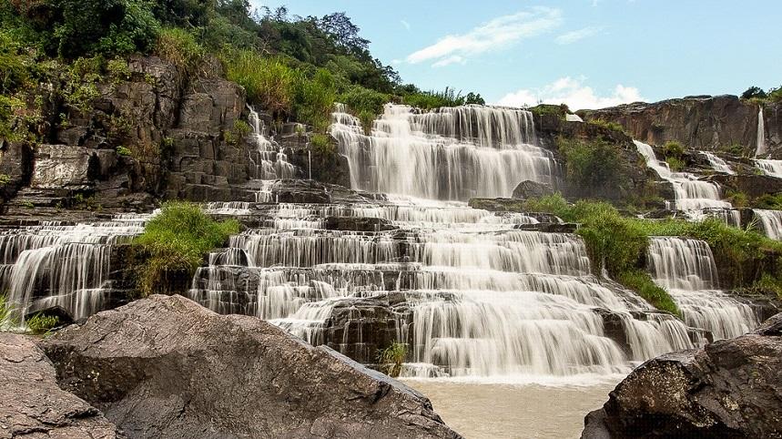 Водопады Янг Бэй