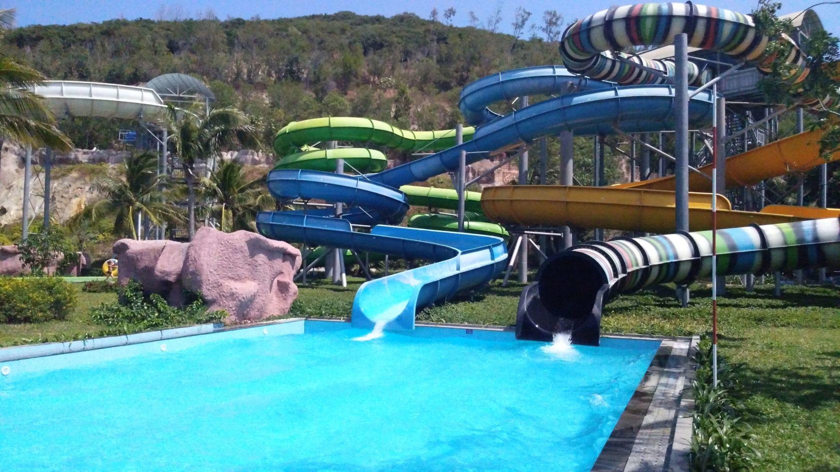 Аквапарк на острове