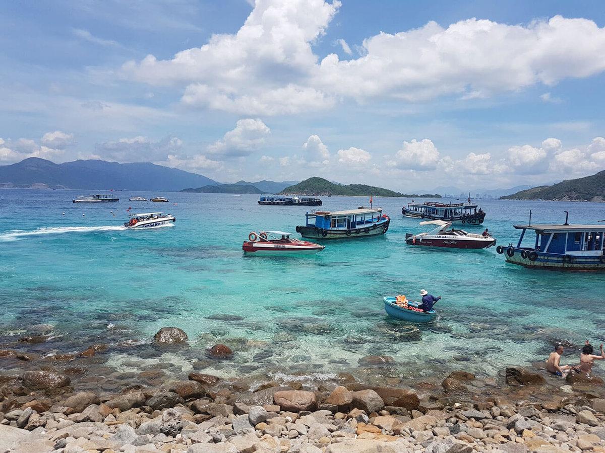 Фото острова Мун