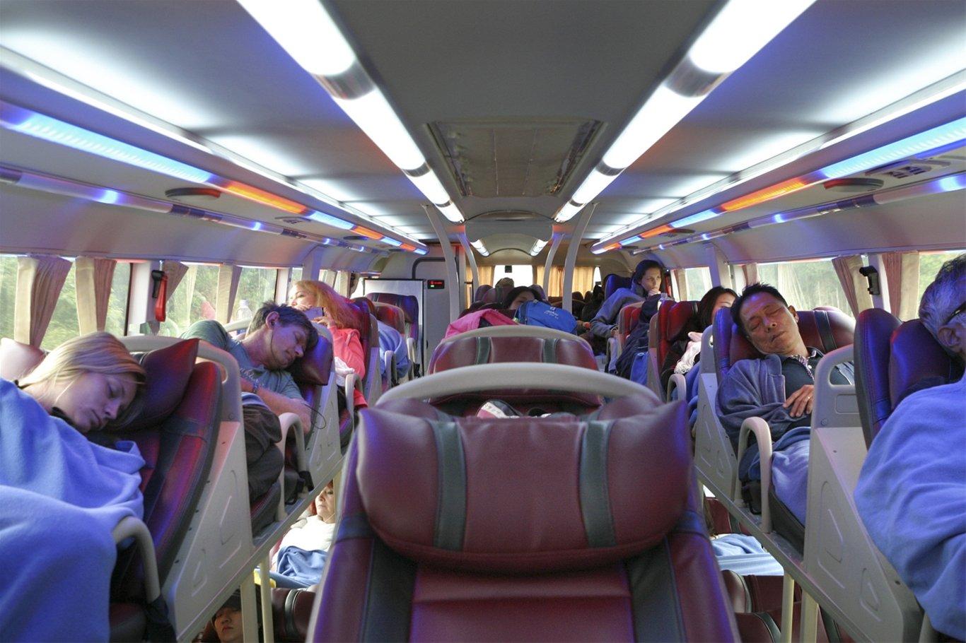 Фото автобуса внутри