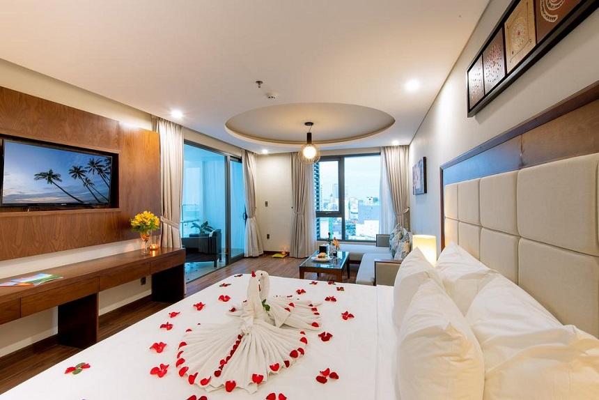 Grand Sea Hotel Da Nang – гостиница четырёх звезд в центре курорта