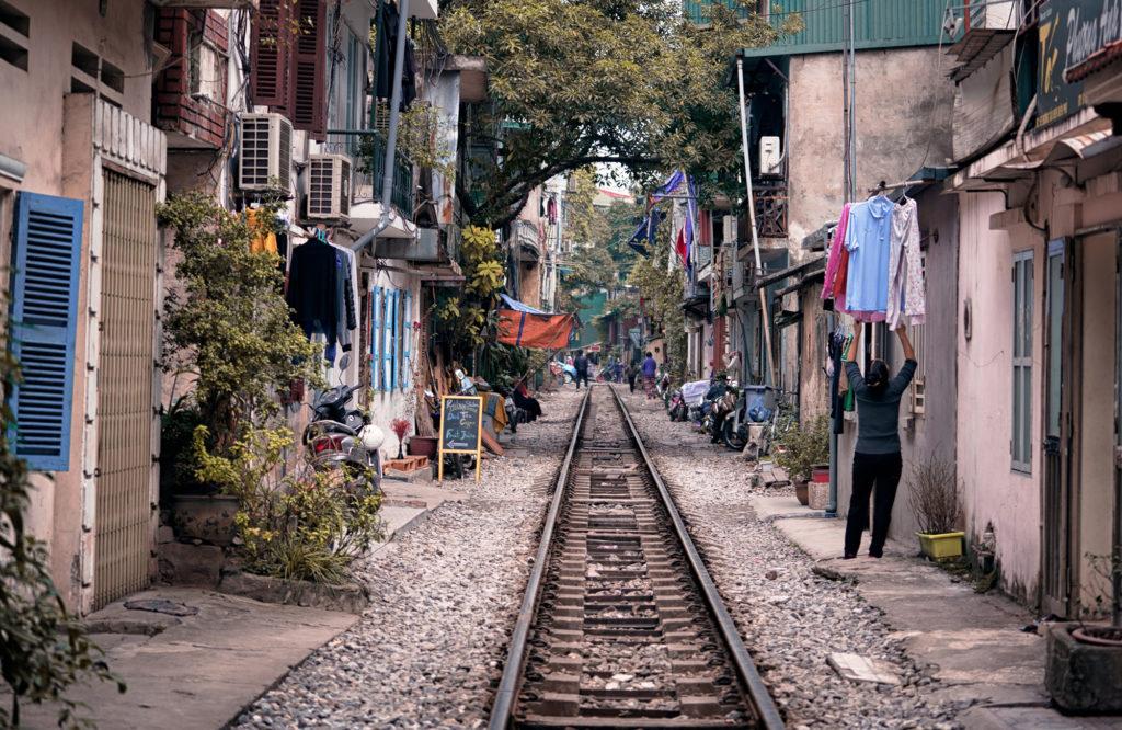 На фото изображен старый город Ханоя