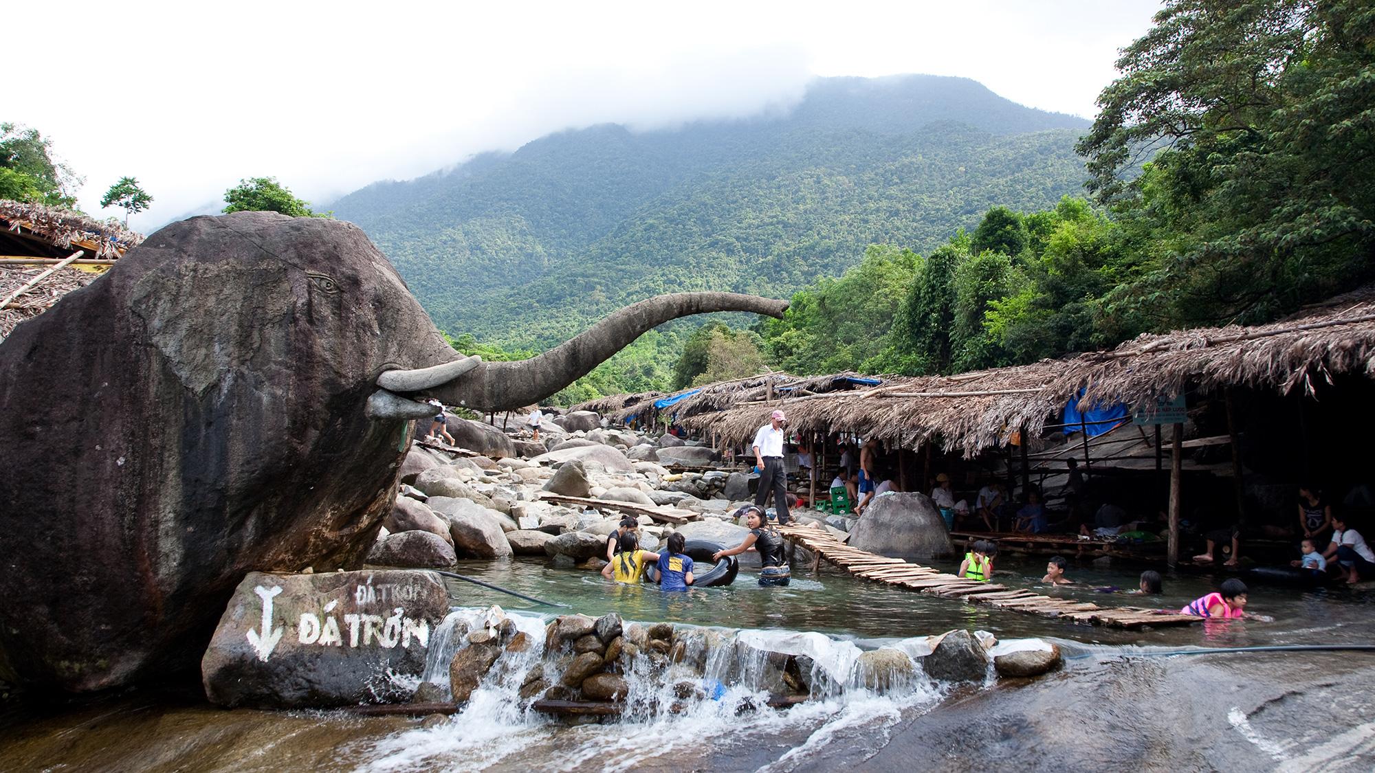 На фото Слоновьи источники
