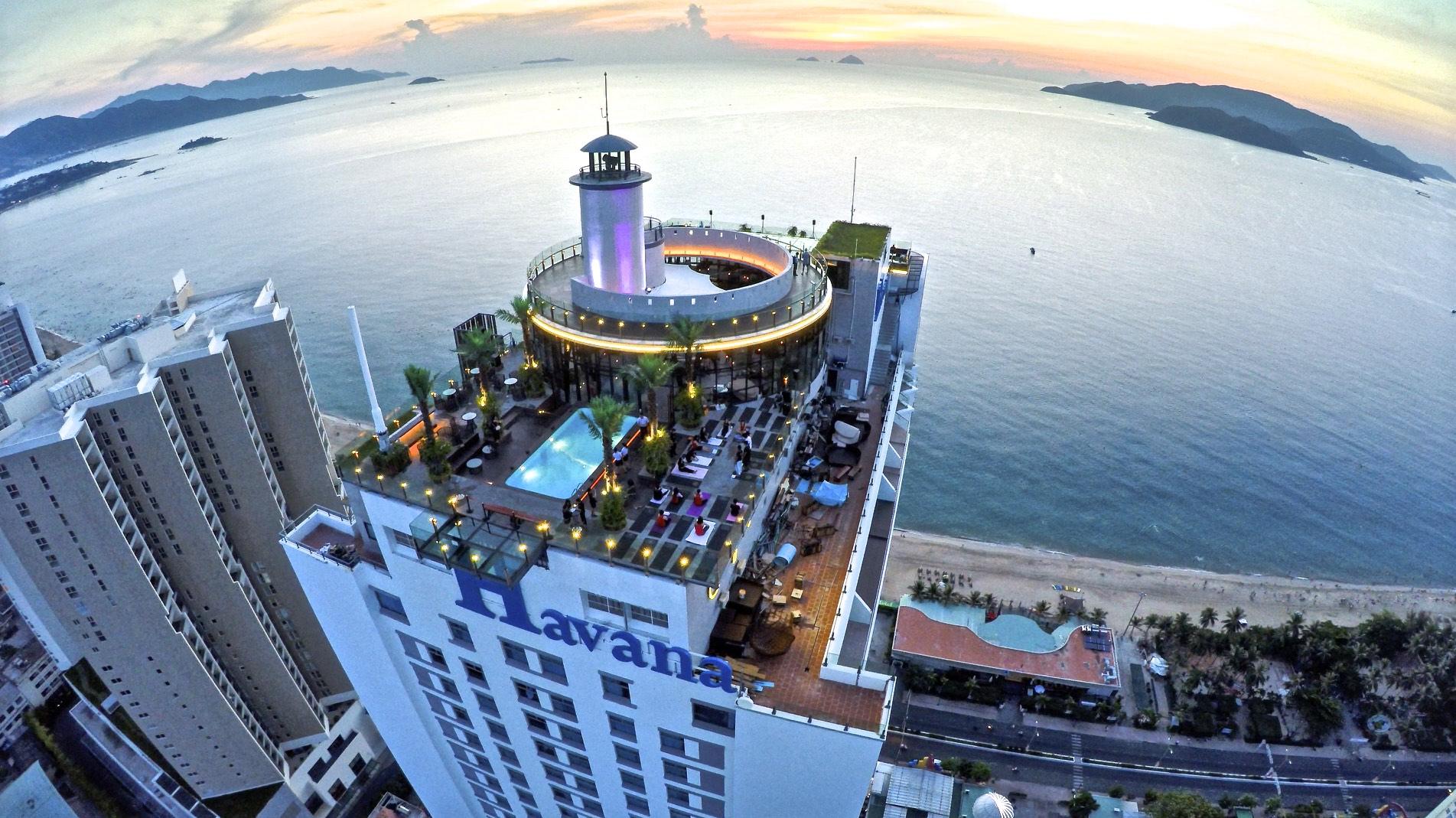 Premier Havana Hotel во Вьетнаме
