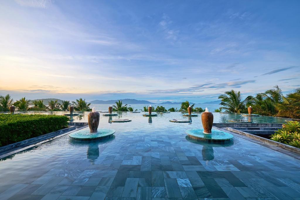 ТОП-20 лучших отелей Нячанга, Вьетнам