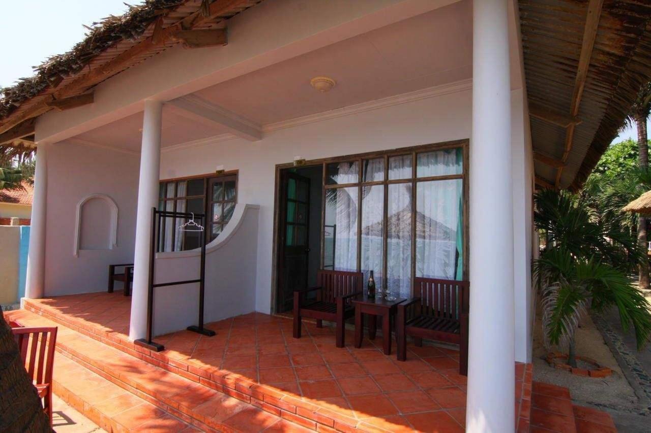 На фото отель Mai House Resort 3*