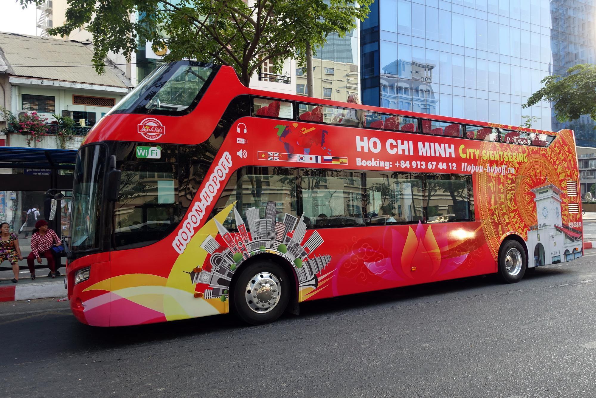 Фото двухэтажного автобуса