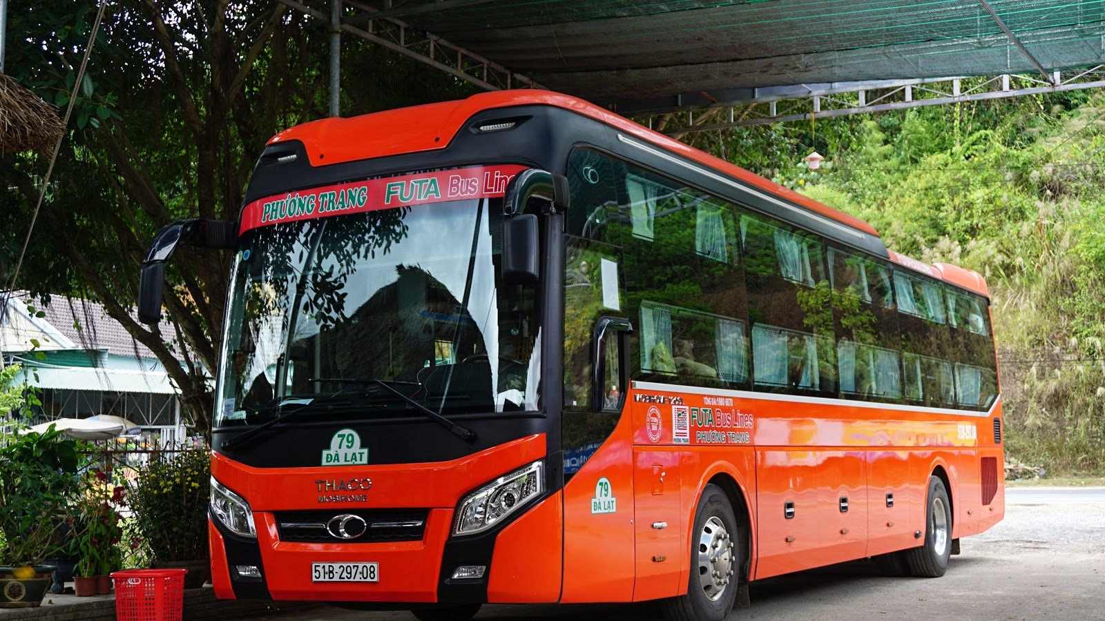 Фото автобуса из Нячанга в Далат