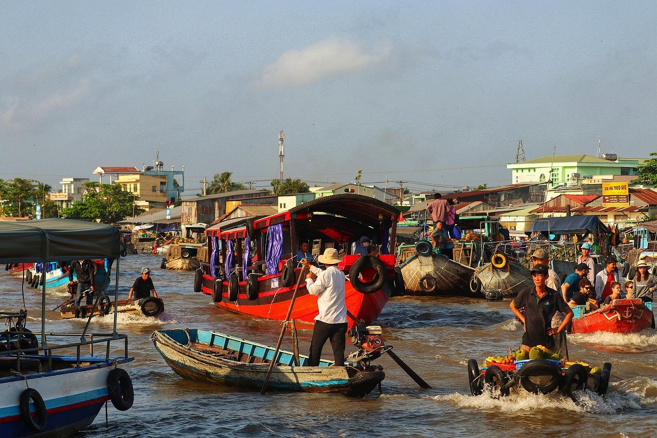 Фото плавучего рынка