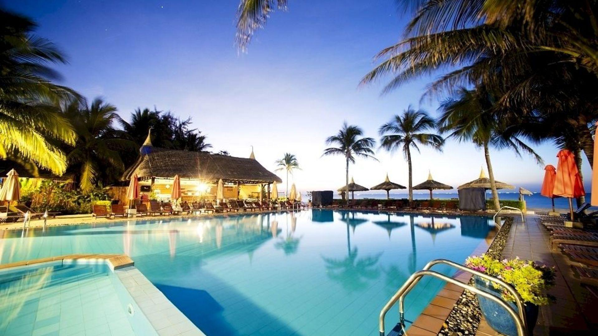 Фото бассейна в Terracotta Resort 4