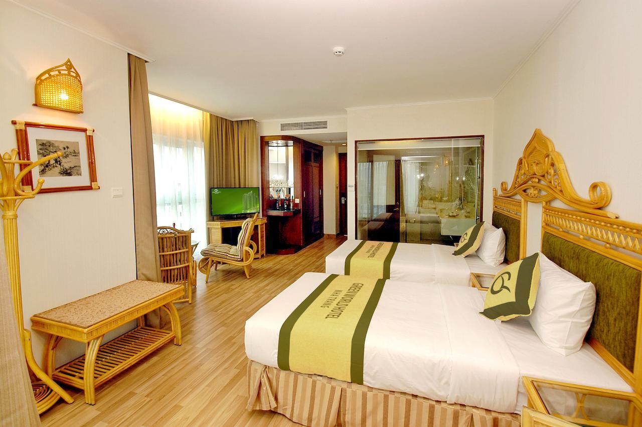 Фото номера в Green World Hotel