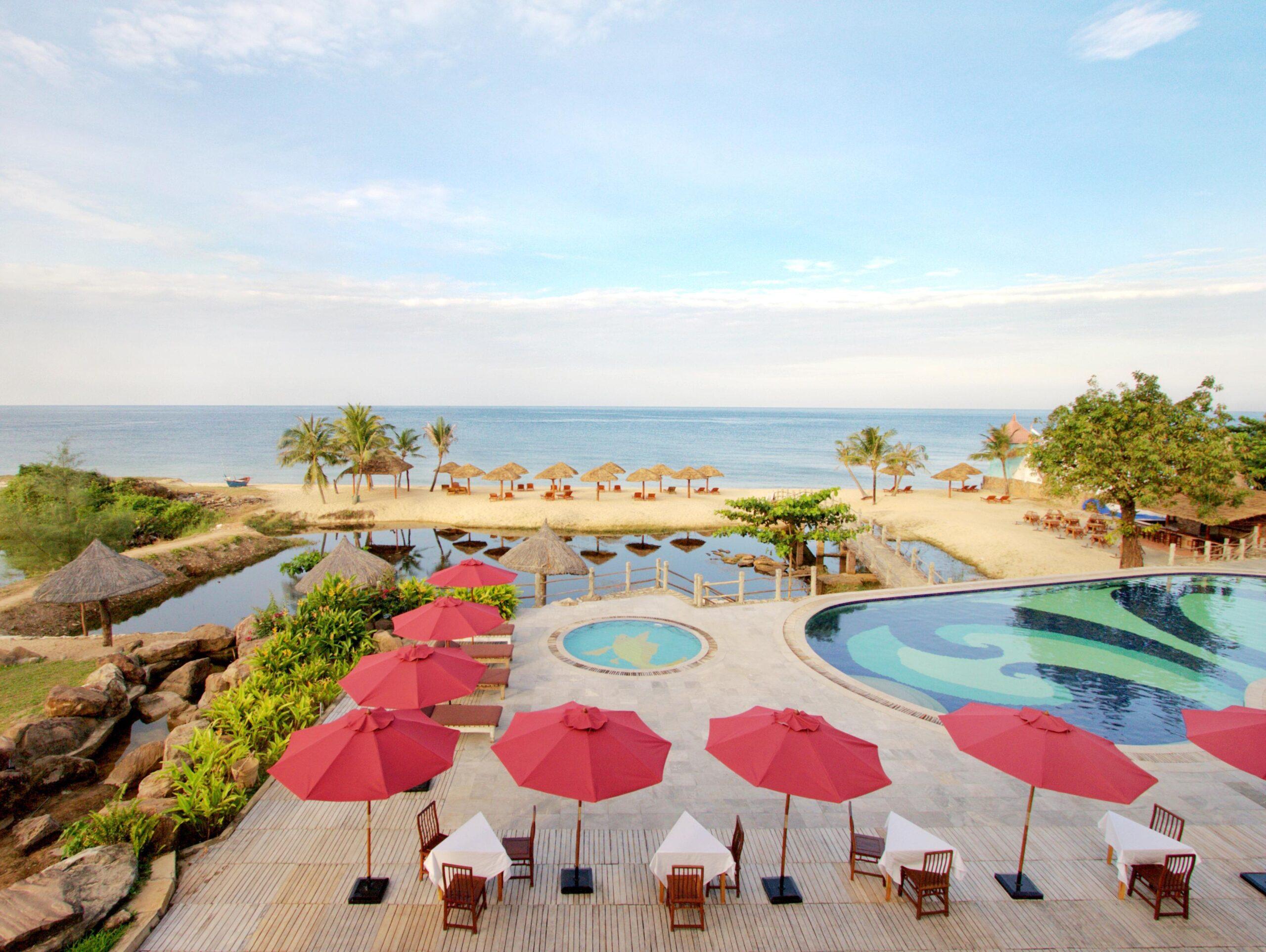Фото территории Long Beach Resort Phu Quoc