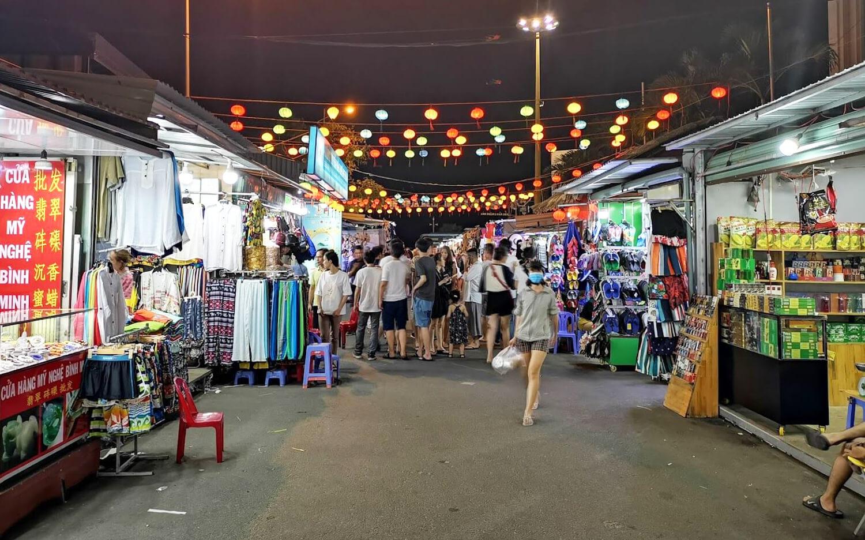 Фото ночного рынка