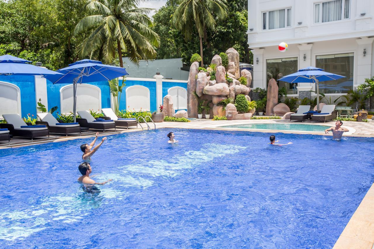 Фото бассейна в Phu Quoc Ocean Pearl Hotel